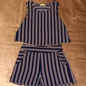 2 piece set. Blue red and white.